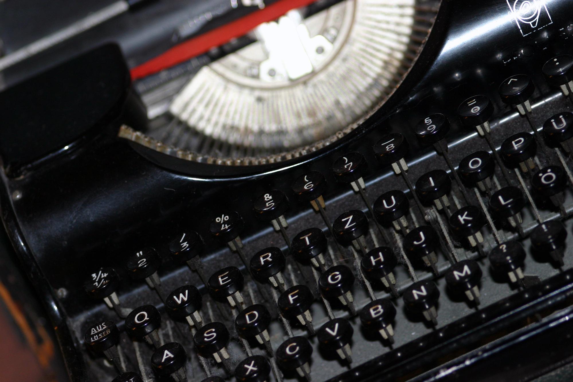 Seeking freelance writers